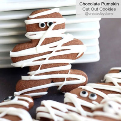 Mummy cookies for Halloween - easy desserts