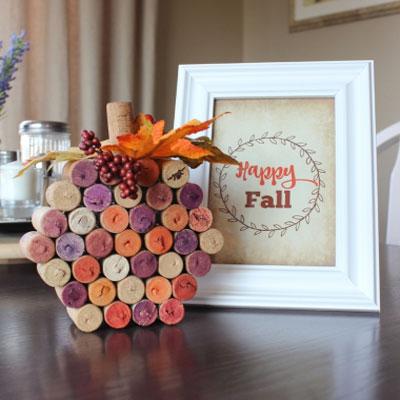 DIY Wine cork pumpkin - easy fall decor