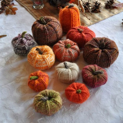 DIY knitted pumpkins - fall decor
