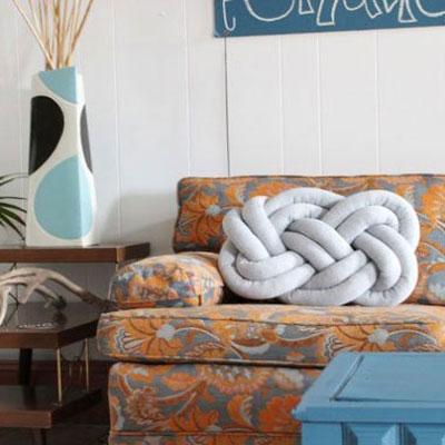DIY sewn knot pillows - stylish home decor