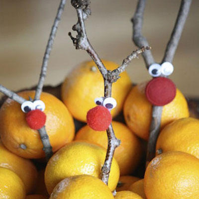 DIY twig reindeer - easy Christmas craft for kids