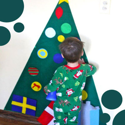 Kid-friendly felt Christmas tree - fun decorating game