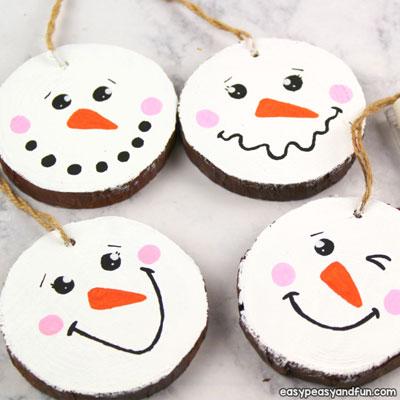 Easy Christmas wood slice snowman ornament