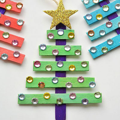Glittering pospicle stick Christmas trees - kids craft