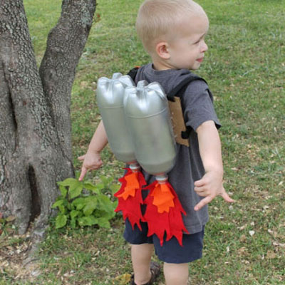 Jet pack from plastic bottles - fun costume for kids