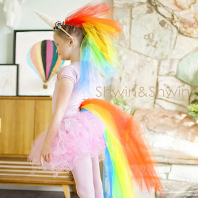 DIY easy rainbow unicorn costume for kids with tulle