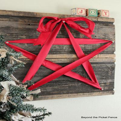 DIY Rustic ribbon star wall art - Christmas decoration