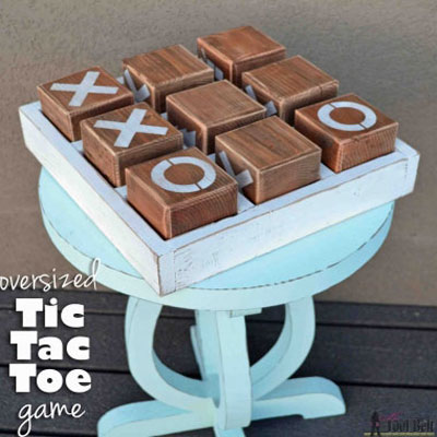 DIY Oversized wooden Tic Tac Toe game