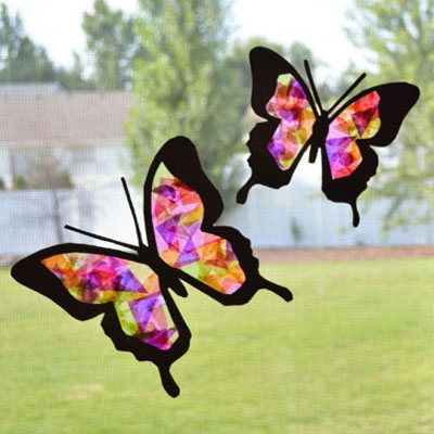 Tissue paper butterfly sun catcher - spring craft for kids (free template)