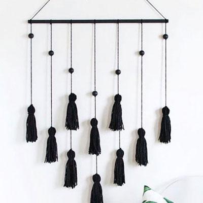 DIY Modern tassel wall hanging - stylish frugal home decor