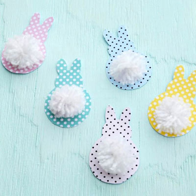 DIY Easy Popom Easter bunny garland (free printable)