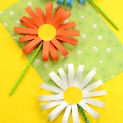 Simple spring paper flower craft - kids paper craft idea