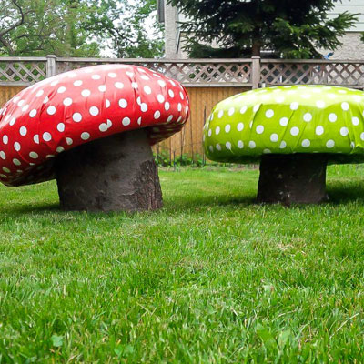 DIY Garden toad-stools from tyres and tree trunks