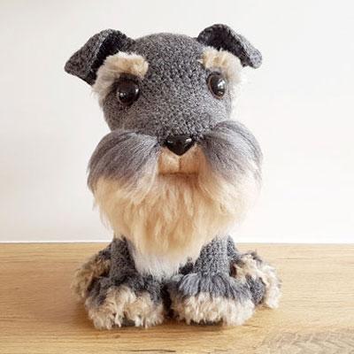 Amigurumi schnauzer dog with faux yarn fur (free pattern)
