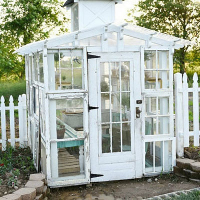 DIY Vintage garden greenhouse from old windows - repurpose