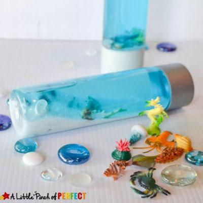 DIY Ocean in a jar - summer craft idea for kids