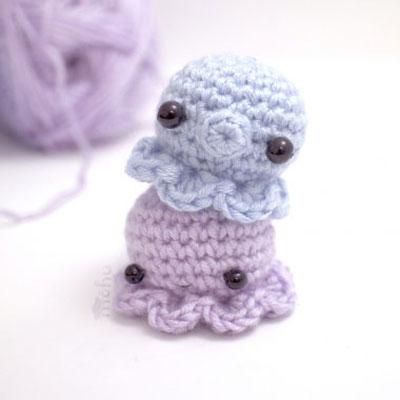 Miniature kawaii crochet octopus - free amigurumi pattern
