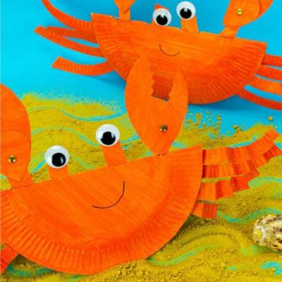 DIY Rocking paper plate crab  - summer craft for kids