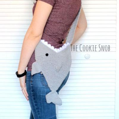 DIY Crochet shark bag - fun free summer bag  pattern