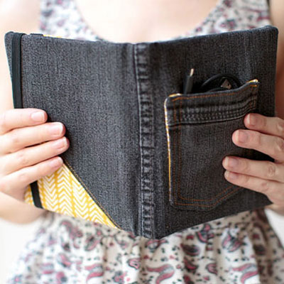DIY Recycled jeans e-book (or tablet) cover