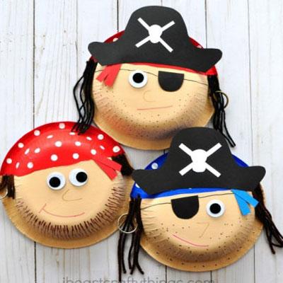 DIY Paper plate pirates - fun summer craft for kids
