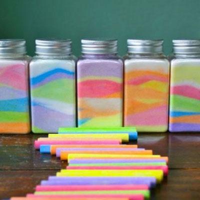 DIY colorful sand decor - homemade rainbow salt