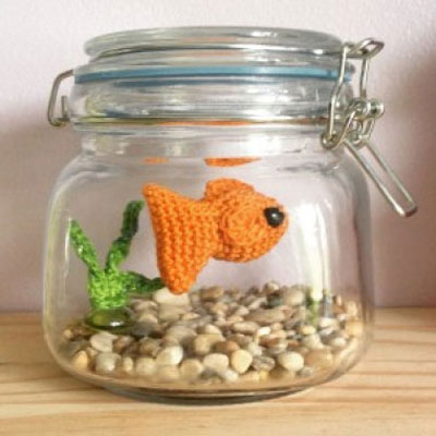 DIY no fuss amigurumi aquarium - free crochet fish pattern