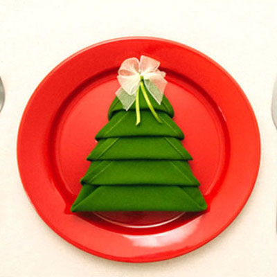 Christmas tree napkins - napkin folding tutorial