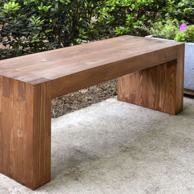 DIY Williams Sonoma inspired outdoor bench (free plan)