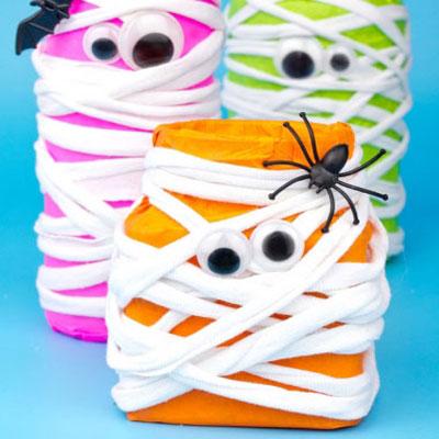 DIY Neon mason jar mummies - fun Halloween decor