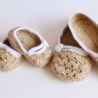 Mom - baby matching slippers ( baby shower gift )