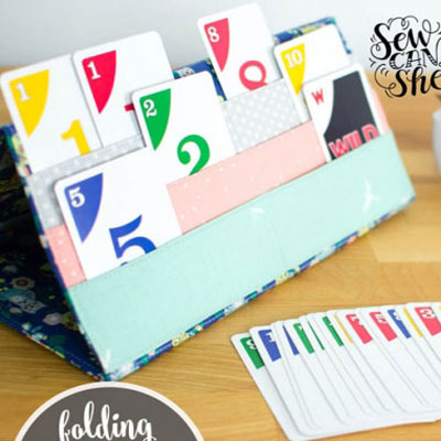 DIY Card holder for playing card games (free sewing pattern)