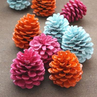How to spray paint pinecones