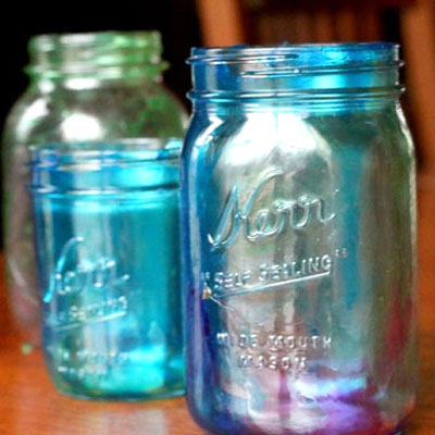 How to tint mason jars with food coloring and glue