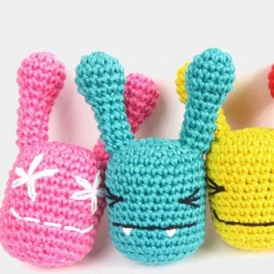Amigurumi baby toy rattle bunnies (free crochet pattern)