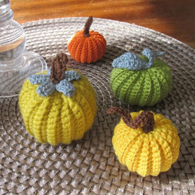 Little crochet pumpkins (free crochet pattern)