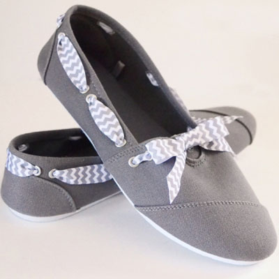 Shoe makeover with rivets & bows