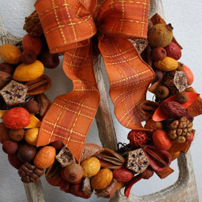 Easy DIY fall wreath from potpourri