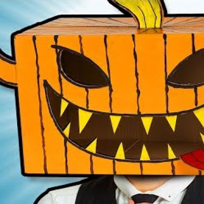 DIY Halloween pumpkin mask from cardboard box