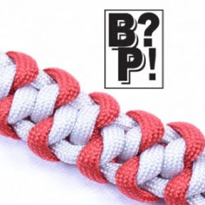 DIY Mated wall knot paracord survival bracelet