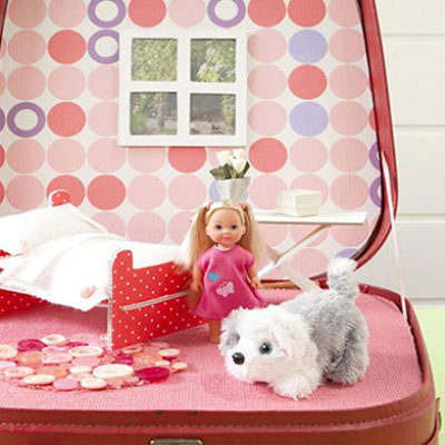 DIY portable doll house suitcase (with 2 different patterns)