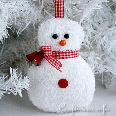 DIY Easy washcloth snowman Christmas tree ornament