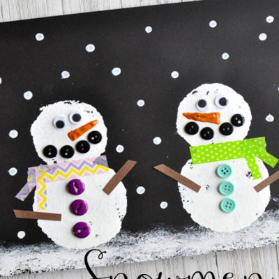 Adorable DIY winter scene with snowmen -  art project for kids