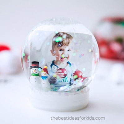 DIY Family photo snow globe ( how to make a snow globe )