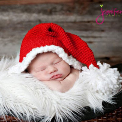 Easy crochet Santa hat (free crochet pattern)