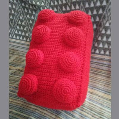 Amigurumi (crochet) Lego pillow - free crochet pattern
