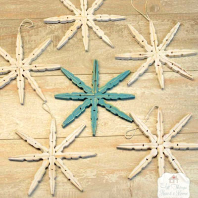 DIY Clothespin stars - easy wooden Christmas ornaments