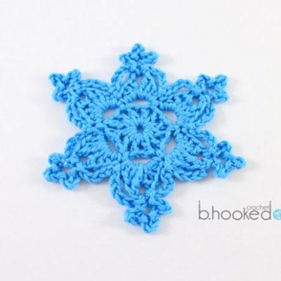 Easy crochet snowflake - free pattern & video tutorial