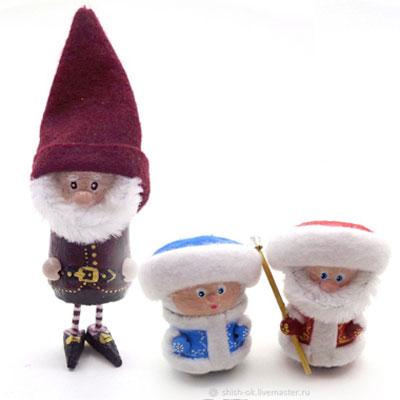 DIY Cork Christmas gnomes