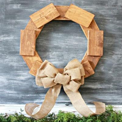 Easy DIY rustic scrap wood wreath - woodworking